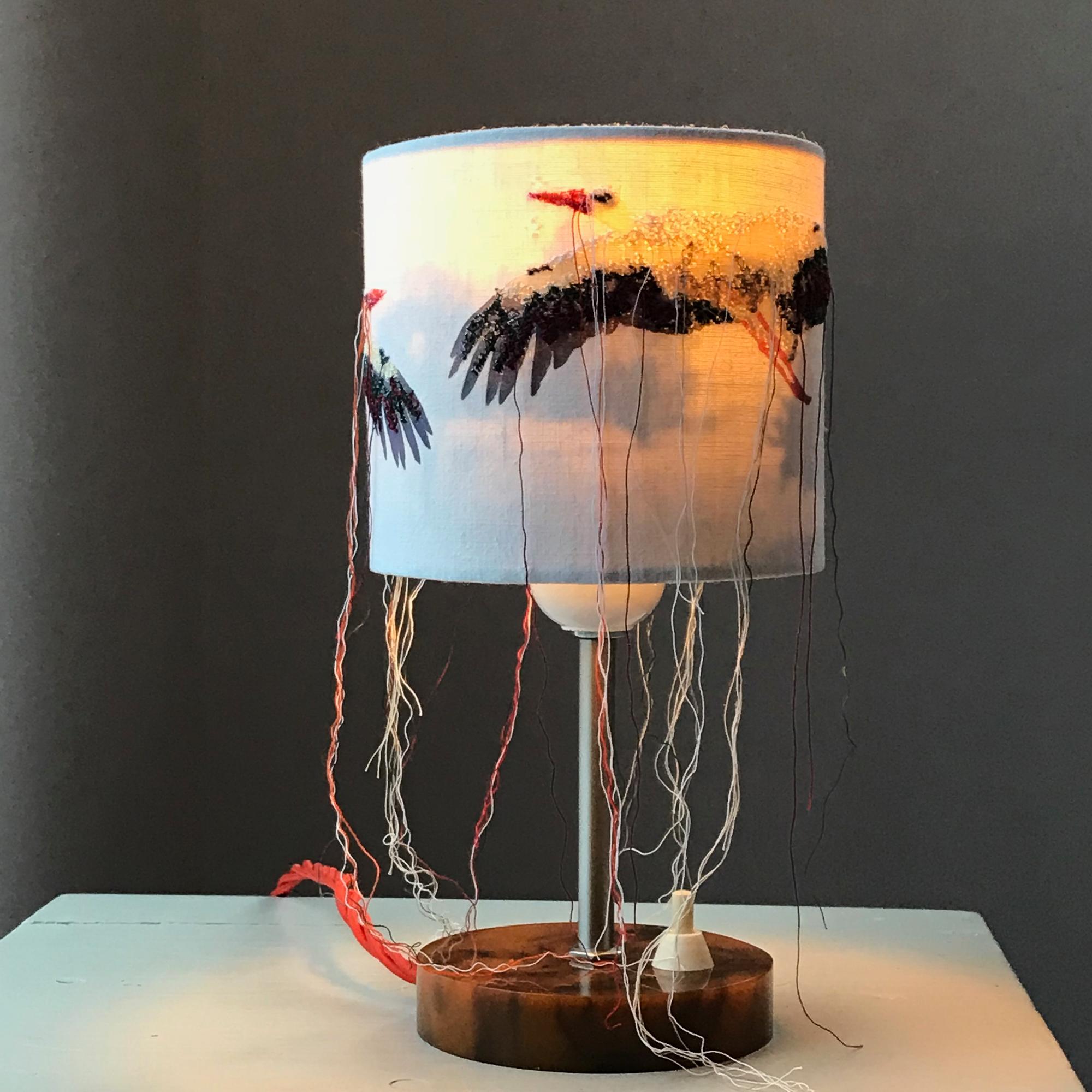 marte_a_mano _Storchlampe, leuchtet